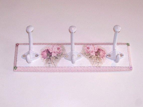 patère porte manteau shabby-chic fleur en bois blanc déco murale déco d'intérieurs : Accessoires de maison par idees-cadeaux-d-ameline