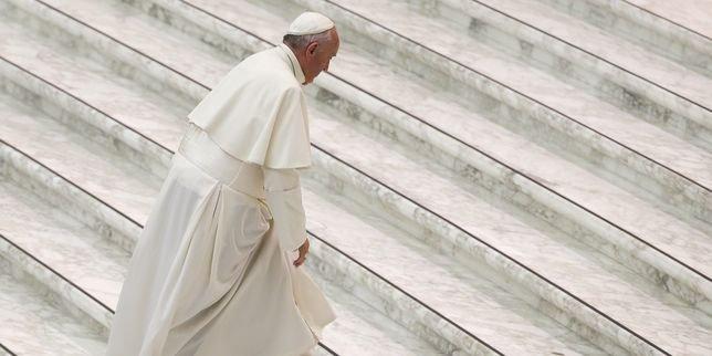 Le coming out d'un prêtre polonais suscite la colère du Vatican