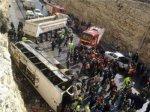 Jérusalem : Accident de car : Les familles des victimes accusent l'occupation - Palestine Info