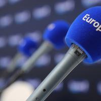 Enquête: Que cache le changement de direction à la tête d'Europe 1 en plein milieu de la saison radio ?