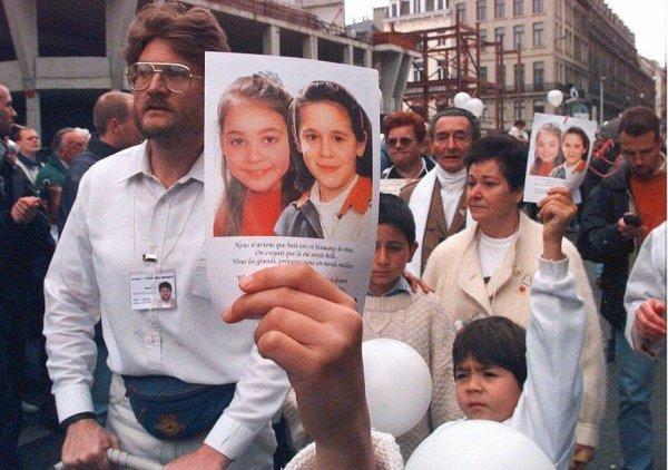 Julie et Melissa, 25 ans après : Ce qu'on a oublié Michel Bouffioux...