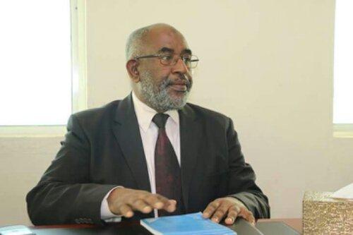 Décrié le gouvernement d'Azali Assoumani meurtrit | Comores Infos