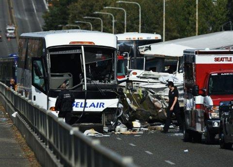 Au moins 4 morts et 9 blessés graves dans la collision de deux bus à Seattle