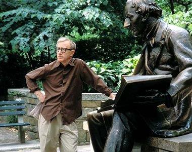 'L'avantage d'être intelligent, c'est qu'on peut toujours faire l'imbécile, alors que l'inverse est totalement impossible.' Woody Allen