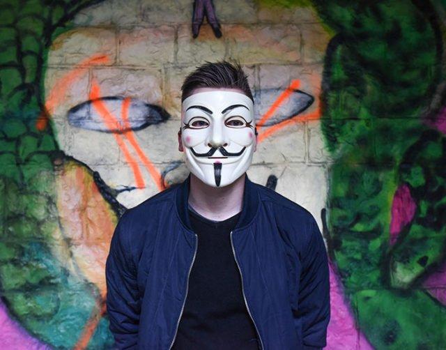 Un Anonymous risque 16 ans de prison pour avoir dénoncé un viol