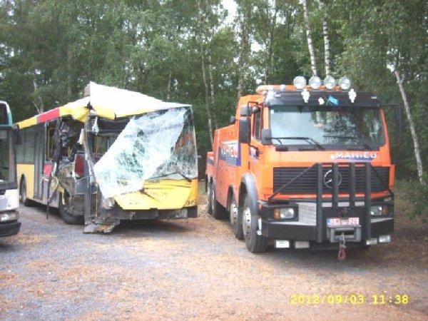 03-09-2012 - Antoing - Maubray - Accident sur la Grand-route d'Anto...