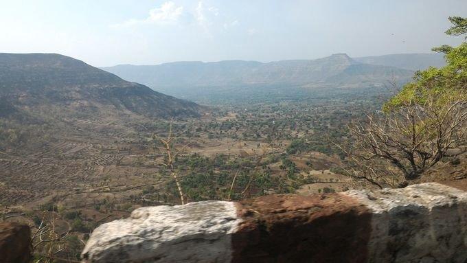 Mountainous terrain, landscaping, image.