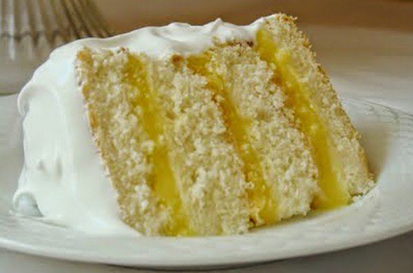 Delicious Foods: Lemon Cake With Grapes And Brown Sugar Recipe.