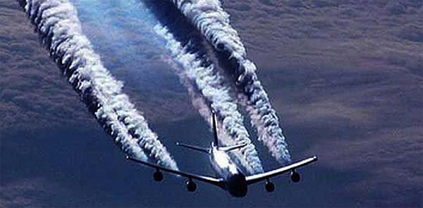 Les chemtrails exposés par des pilotes, des médecins et des scientifiques. L'eau et le sol contaminés par de l'aluminium et du baryum | Le Nouvel Ordre Mondial