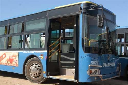 Drame à Tally Diallo : Un bus de Ddd heurte mortellement le chef d'agence de la Bicis de Thiaroye