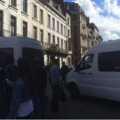 Trois morts et un blessé grave dans une fusillade à Bruxelles : la plaque d'immatriculation d'un suspect aurait été notée