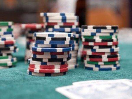 Bandar Online Game Judi Poker Uang Asli Terpercaya Terbesar Teraman