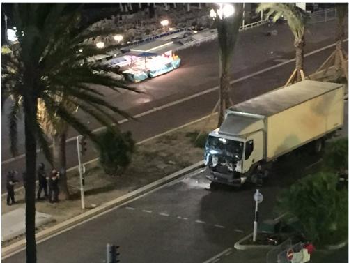 Attentat à Nice, des dizaines de moris....