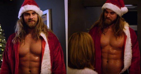 Quand l'homme le plus sexy d'Instagram remplace le Père Noël, c'est chaud bouillant !
