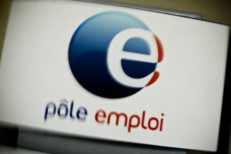 Pôle emploi s'auto-congratule sur Twitter et devient la risée des internautes - France Info