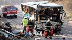 U Rokycan havaroval francouzsk autobus s dtmi