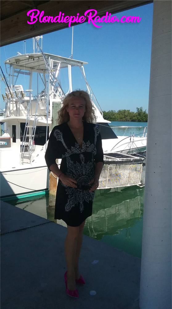 Blondiepie out and about in The Florida Keys - BlondiepieRadio.com