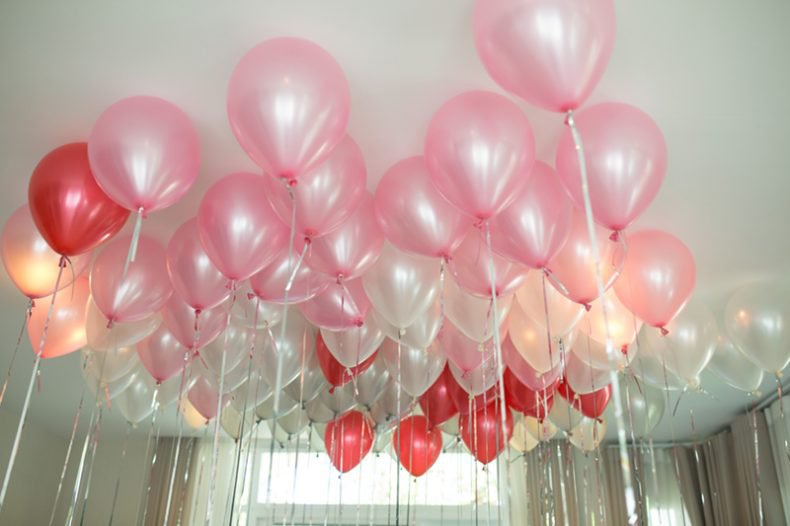 Awesome Balloon Surprises for Her on Birthday