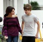 Justin envoit ... des fleurs à Selena :) Exclusivité Justinbieber-Life.sky ! - Justinbieber-Life, la seule source sur Justin...