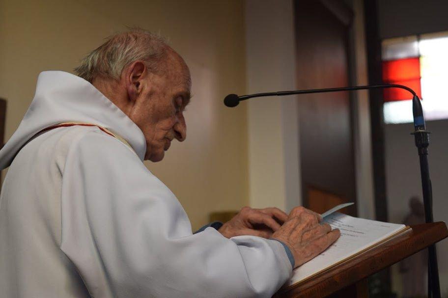 Jacques Hamel, 84 ans. Premier prêtre catholique en France sacrifié sur l'autel de la barbarie islamiste.
