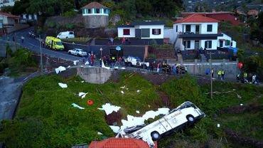 Accident de bus à Madère: les victimes seront identifiées d'ici samedi