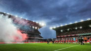 Charleroi convoqué pour le comportement de ses fans au Standard