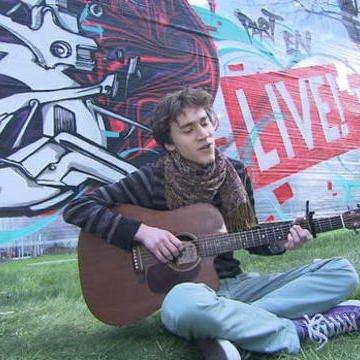 Mathieu nous chante ses compos ! - D8 Partenlive - 11/03/2014