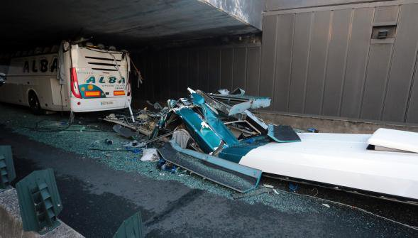 Accident de car à La Madeleine: six blessés graves, pronostic vital engagé pour une des victimes