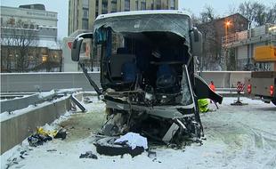 VIDEO. Suisse: Un accident d'autocar fait un mort et 44 blessés