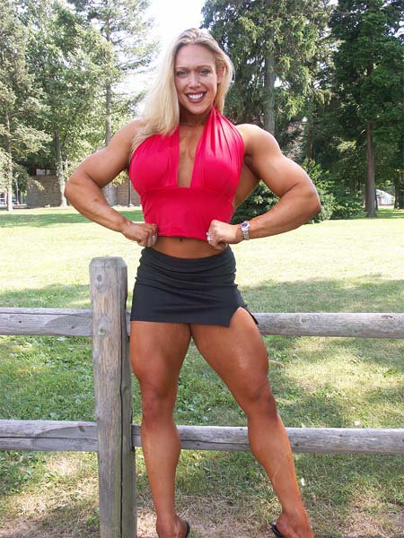 Female Bodybuilding muscle growth : - female bodybuilders 24