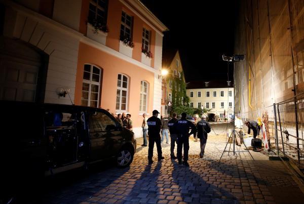 Un homme se fait exploser près d'un festival de musique, en Allemagne, et blesse 12 autres personnes: très vraisemblablement une attaque terroriste (vidéos)