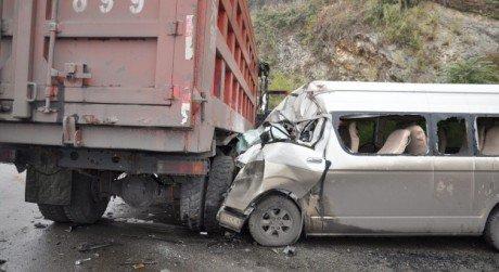 Bignona: 7 morts et 43 blessés dans une collision entre un bus et un camion | Slate Afrique