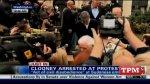 George Clooney arrêté et menotté à Washington puis emmené par la police !