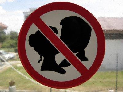 Nador (Maroc) : deux adolescents écroués pour avoir échangé un baiser en public et publié la photo sur Facebook