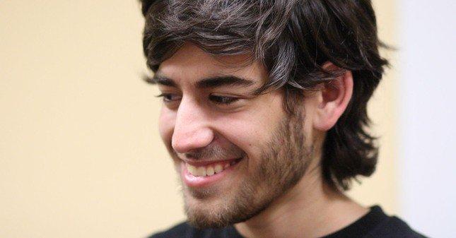 """TV5MONDE : """"L'enfant d'Internet"""" : Aaron Swartz, mort d'avoir voulu propager le savoir"""