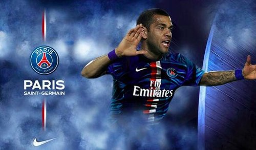 DANIEL ALVES TRES BON GOAL DE PARIS SAINT GERMAIN