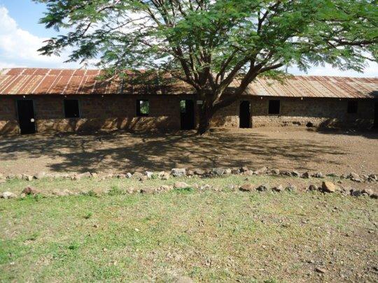Renovate Classroom for 193 Kids in Kamsama, Kenya