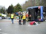Accident de car à Quimper. Trois blessés graves, neuf blessés légers [Vidéo] - Quimper - Faits - ouest-france.fr