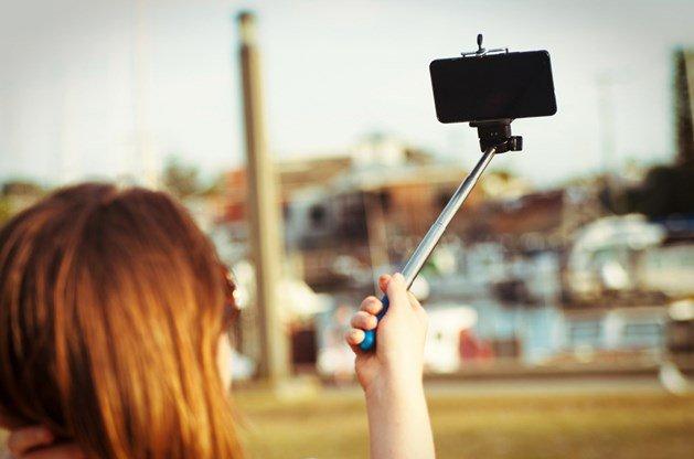 Elle meurt électrocutée à cause d'un selfie | Belgium-iPhone