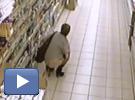 Elle fait caca dans un supermarché !