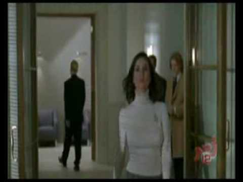 Dossier séduction : Miss Moneypenny et Keen Eddie (intégrale VF) :...