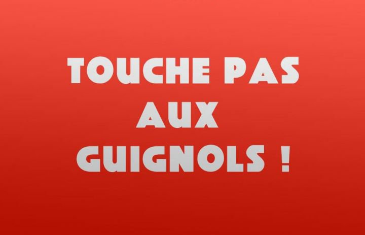 #TouchePasAuxGuignols