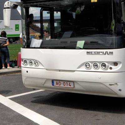 Un chauffeur ivre conduisait un car brugeois avec des enfants