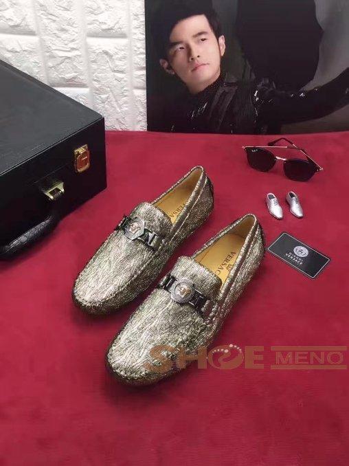 热烈推荐2017夏の靴ブランドコピーVersace公式の完壁な品質N級品§品牌偽物ブランド靴メンズ 靴NO.24209绝賛発売♪♫ゴルフ&運転多用シューズ