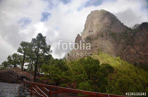 """""""Caldeira de Taburiente : La Cumbrecita"""" photo libre de droits sur la banque d'images Fotolia.com - Image 126116241"""
