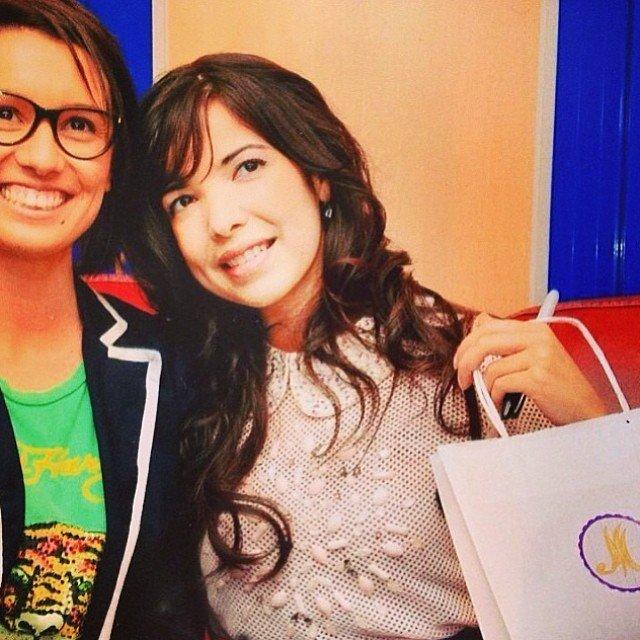 Indila et une fan