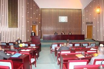Assemblée nationale : Le gouvernement sous les feux croisés des députés - Al-Watwan, quotidien comorien, actualités et informations des Comores