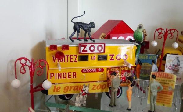 """N° 34; Janvier 2004 """" La remorque La CAISSE du Zoo """""""
