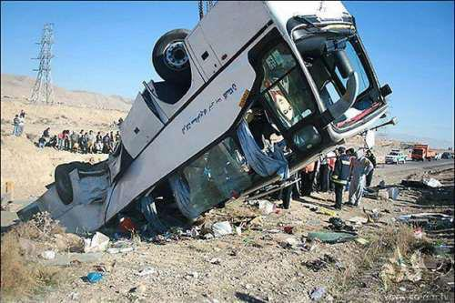 En Iran, la mort de lycéennes en pèlerinage scolaire déclenche un vif débat