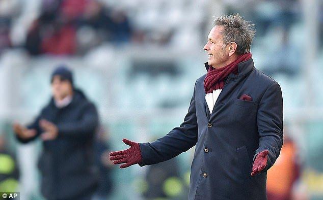 Pecat Mihajlovic Torino Angkat Mazzari Sebagai Pelatih Baru